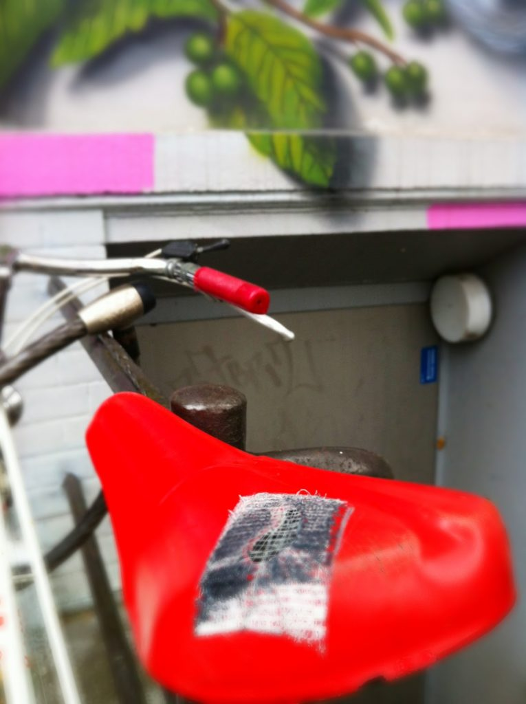 Roter Sattel Streetart Hamburg