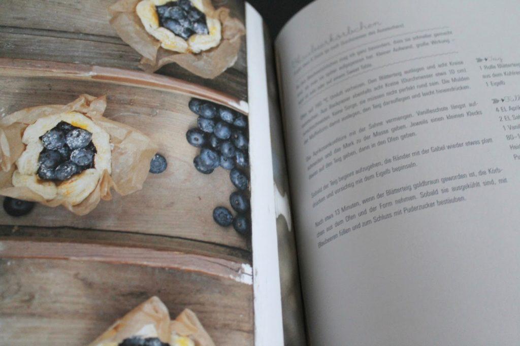 Rezept Buch DAYlicious Blaubeer-Koerbchen