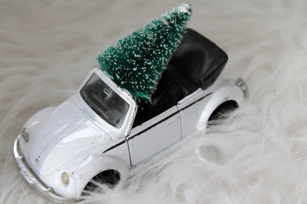 Adventskalender Auto Tannenbaum Weihnachtsdeko