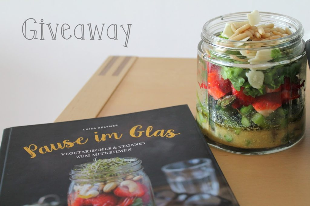 Giveaway Pause im Glas Sommersalat im Glas Mittagspause Lunch Spargel-Erdbeer
