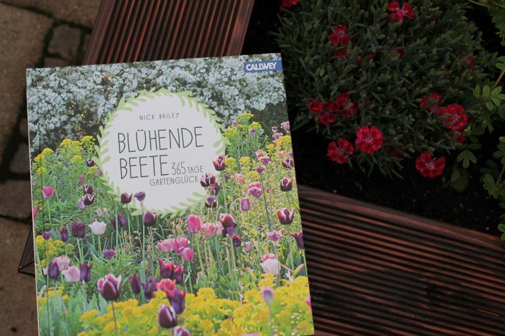 Buchtipp Bluehende Beete Gartenblogger BlumenBlog Jules kleines Freudenhaus