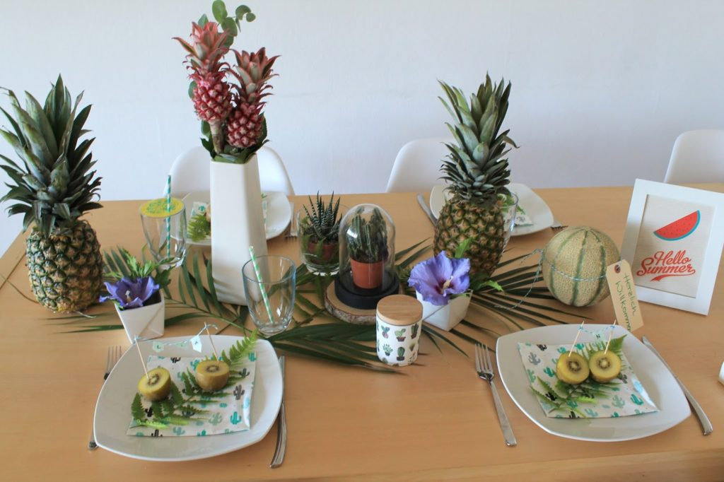 Tropische Sommerdeko Tischdeko Ananas Melone Hibiskus Jules kleines Freudenhaus