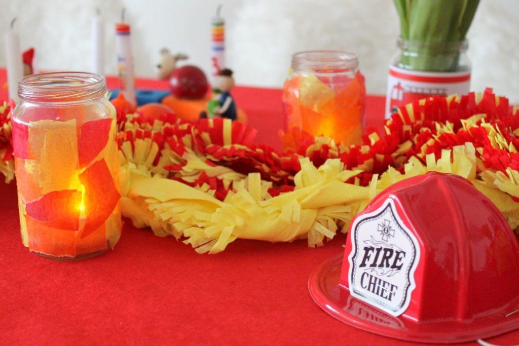 Feuerwehr Geburtstag Kindergeburtstag Feuerwehrmann Sam Jules kleines Freudenhaus Tischdeko Feuerwehrhelm