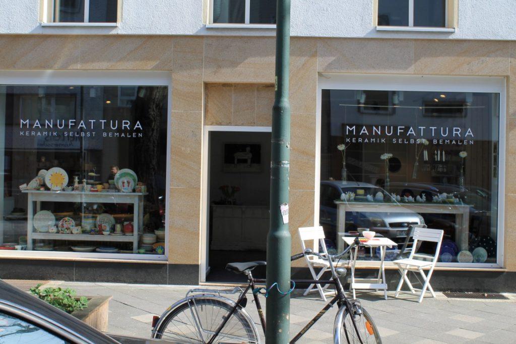Manufattura Keramik selbst bemalen Duesseldorf Nordstrasse Jules kleines Freudenhaus