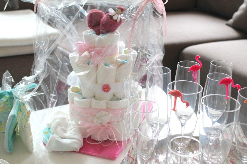 Idee Naschituete Babyshower Party Girl rose ideas creative Babyparty Windeltorte