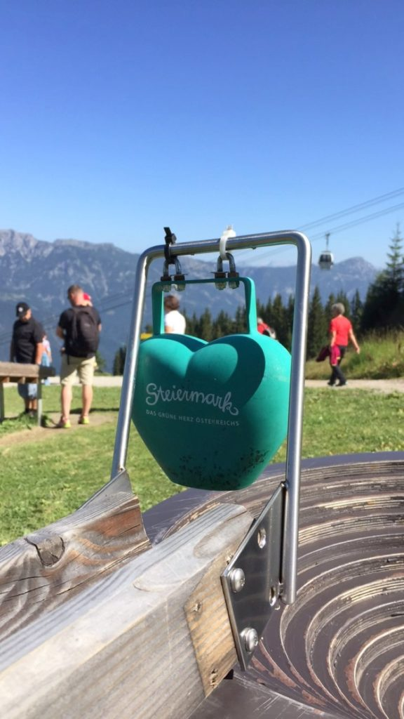 Steiermark Planai Schladming Familienurlaub Berge Kugelbahn Hopsiland Jules kleines Freudenhaus