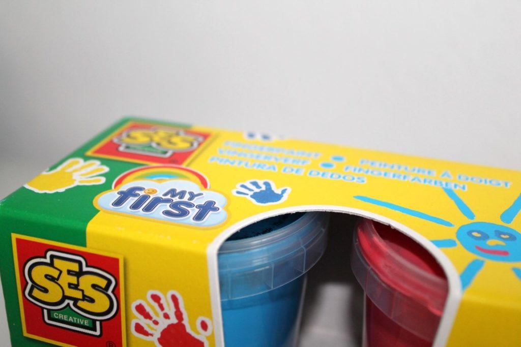 DIY Geschenkidee Weihnachten Babys Oma Opa Paten Tante Onkel Handmade Fußabdruck Fingerfarbe
