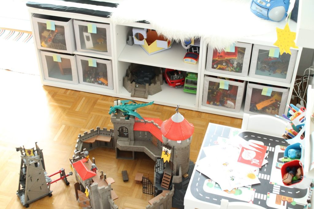 IKEA Hack Hochbett selberbauen Ritterburg Ritterbett Kinderzimmer Jules kleines Freudenhaus