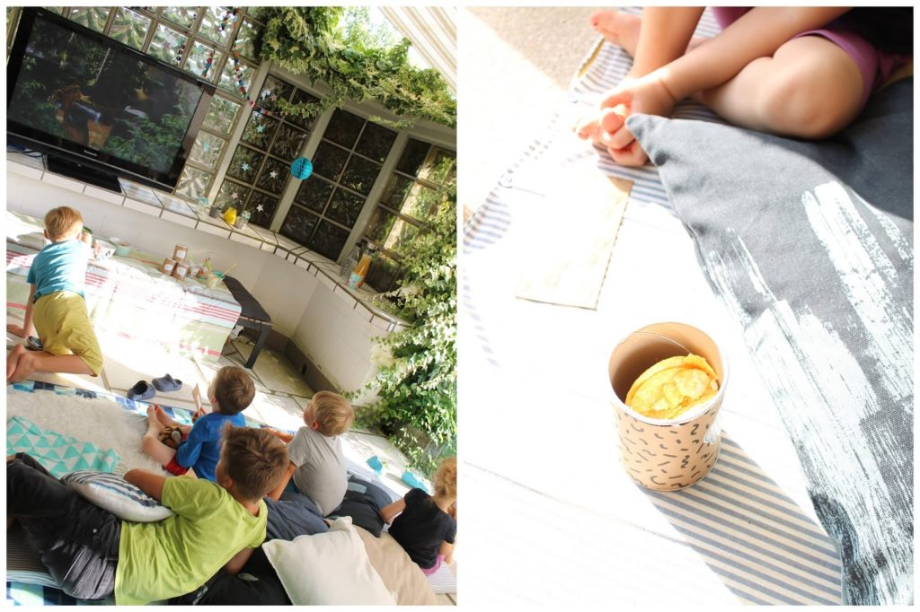 Yogibaer Open Air Kino Sommerferien Beschaeftigung mit Kindern Kinderkino draussen Garten Jules kleines Freudenhaus
