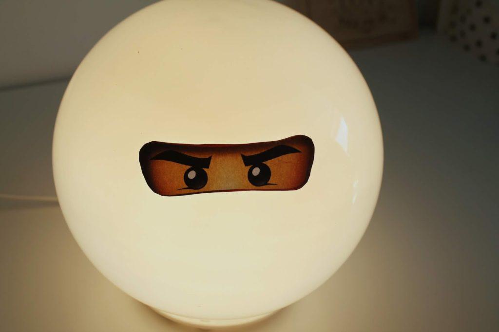 Exponat Ninjago Lampe IKEA Hack Jules kleines Freudenhaus