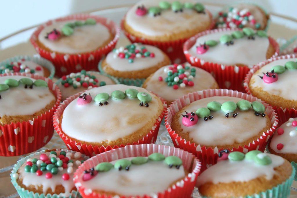 Raupe Nimmersatt Muffins Geburtstag Jules kleines Freudenhaus