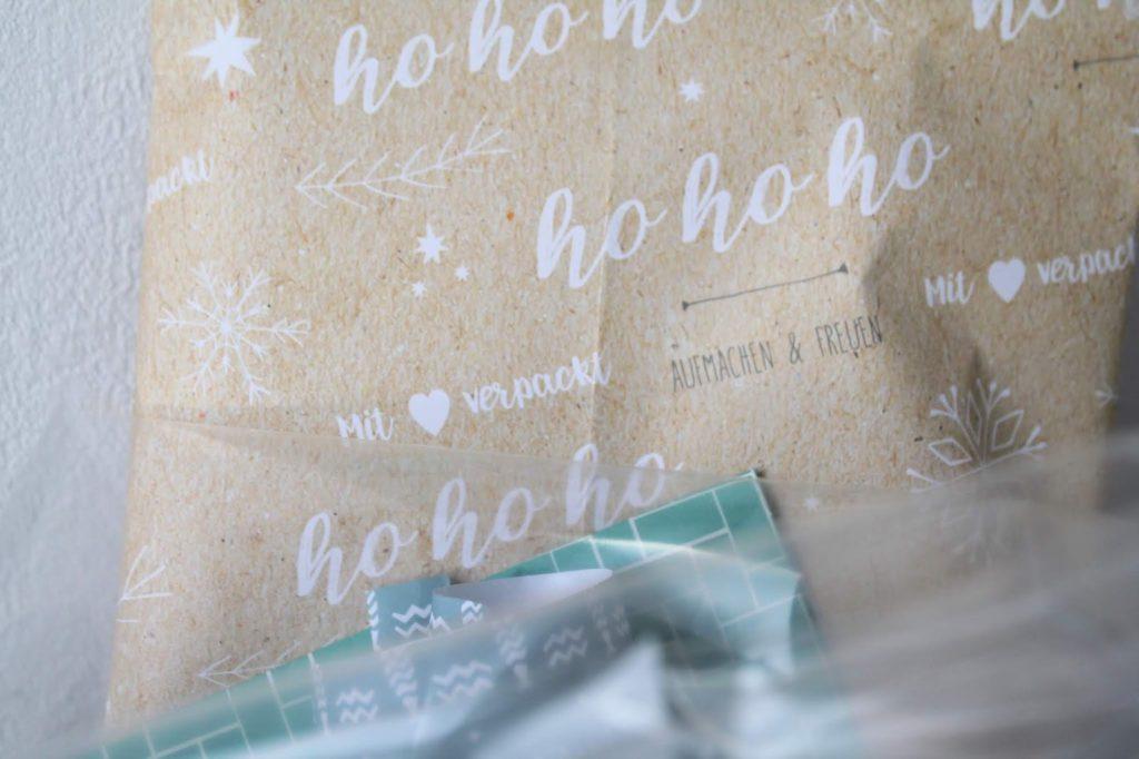 Verpackungskuenstler DIY Hyggeliger ADventskalender Papierglueck monbijou Papierglueck Jules kleines Freudenhaus