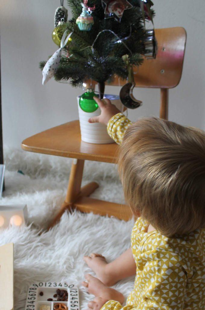Weihnachtsbaum Kinderzimmer Winterpause Trixi Body Dreiecke Bloomingville Arztkoffer Weihnachten Geschenkideen Jules kleines Freudenhaus