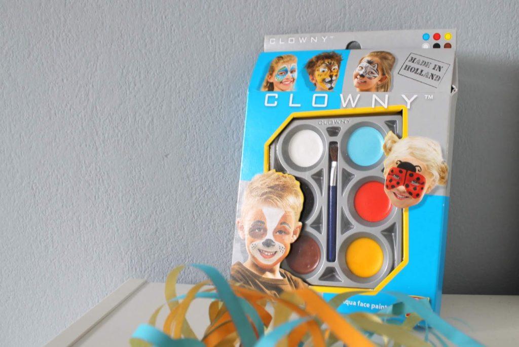 Schminke DIY Ideen Indianer Kostuem DIY Karneval Kostueme Verkleiden Kinder Indianer Jules kleines Freudenhaus