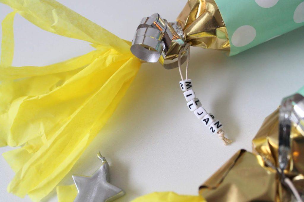 Namensarmband DIY Einladungen Einladungskarten Weltraum Rakete Kindergeburtstag Jules kleines Freudenhaus