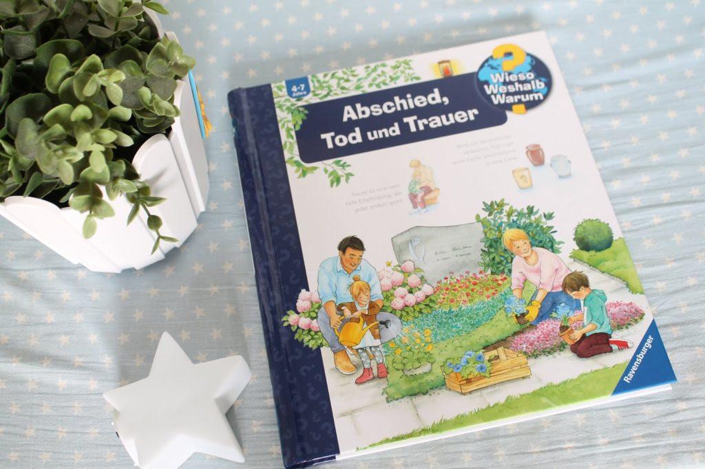 Buchtipp Kinderbuch Erinnerungskiste basteln mit Kindern trauern ueber den Tod sprechen Jules kleines Freudenhaus
