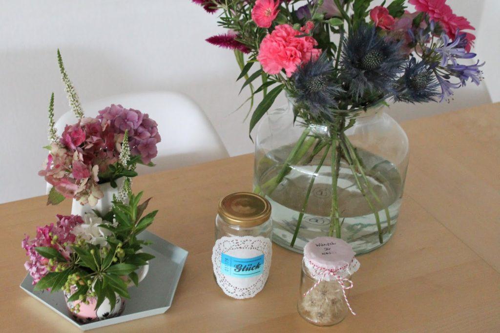 DIY Wunschglaeser Glueck im Glas Pusteblumen Wuensche Geschenkidee Jules kleines Freudenhaus