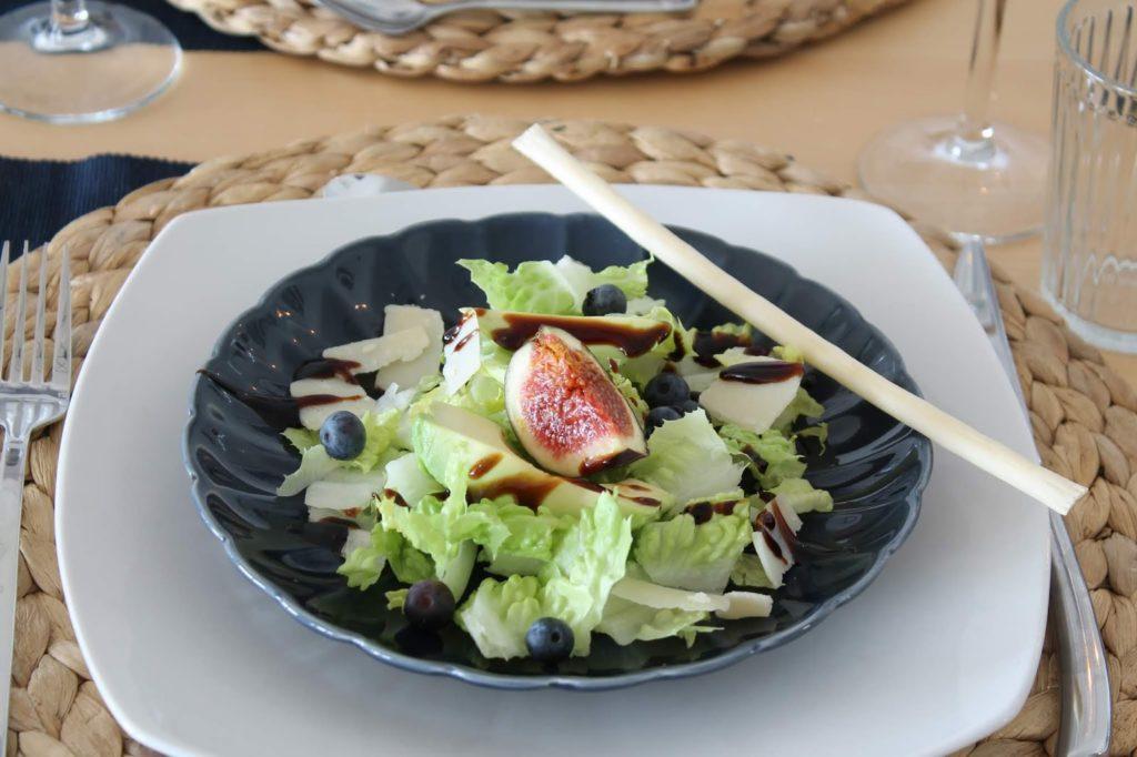 Herbstsalat mit Feigen, Blaubeeren und Parmesan Jules kleines Freudenhaus