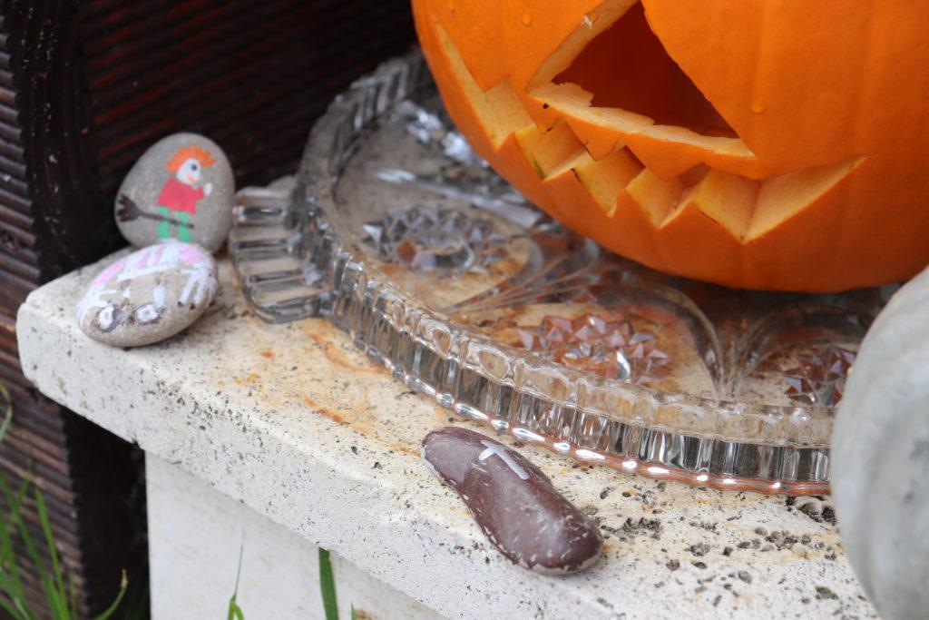 Erzählsteine Kürbis schnitzen Halloween Grusel Monster