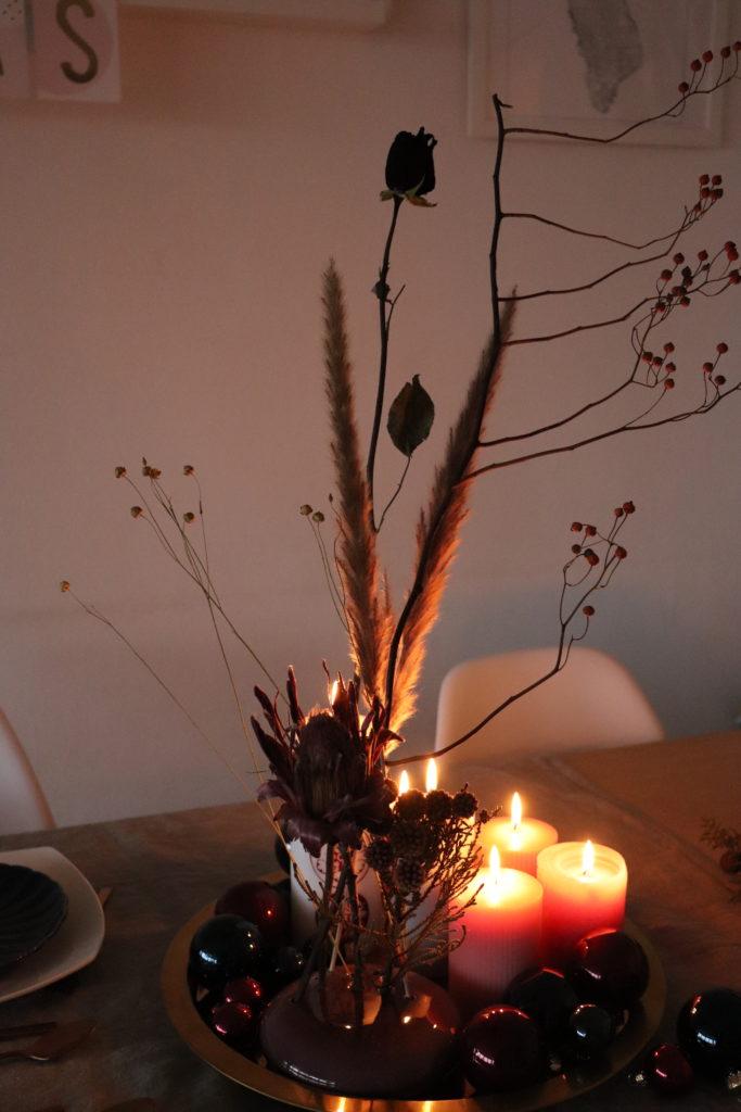 Adventsdeko Trockenblumen