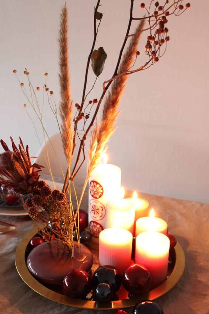 Tischdekoration Weihnachten Trockenblumen
