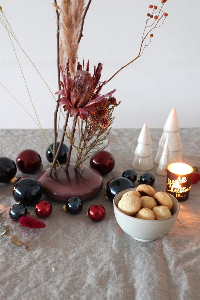 Adventsdeko Trockenblumen Flowerstone Kekse