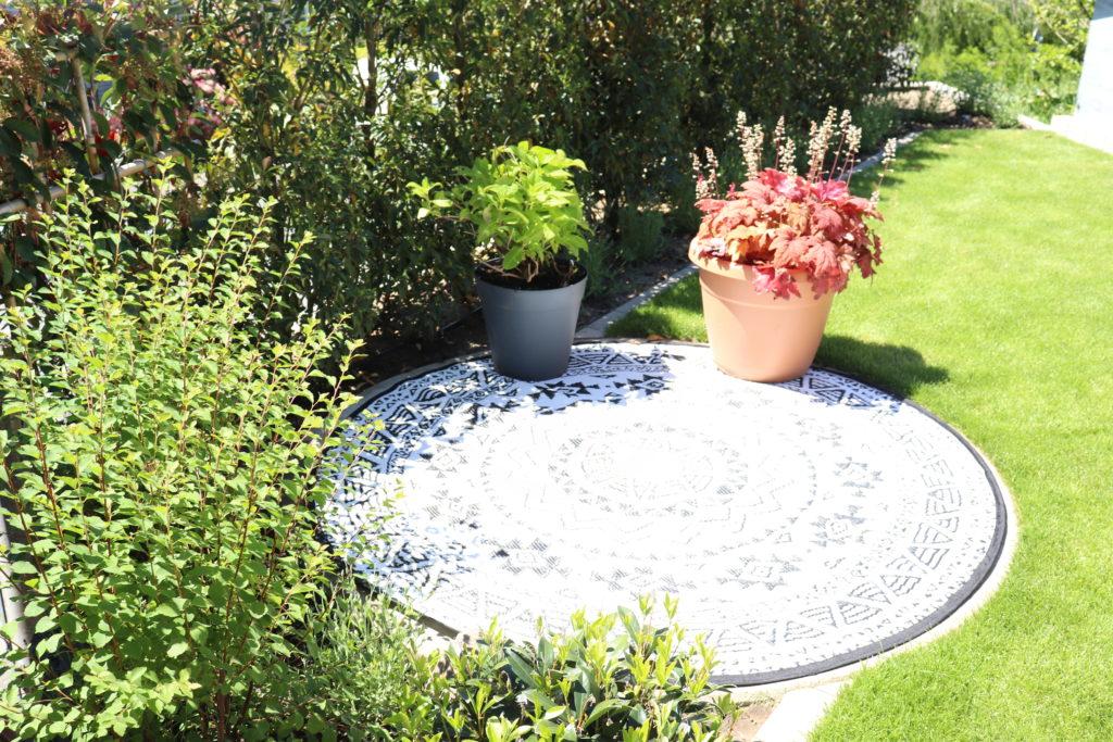 Gartenumbau Steinplatte Garten